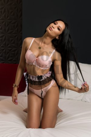 Marie-gwenaelle escort in Madison AL