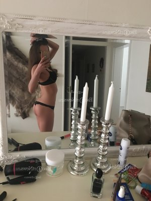 Elouise escort girl in Bull Run Virginia